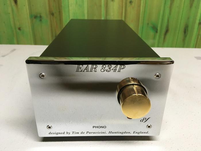 Фонокорректор E.A.R. 834 P DeLuxe